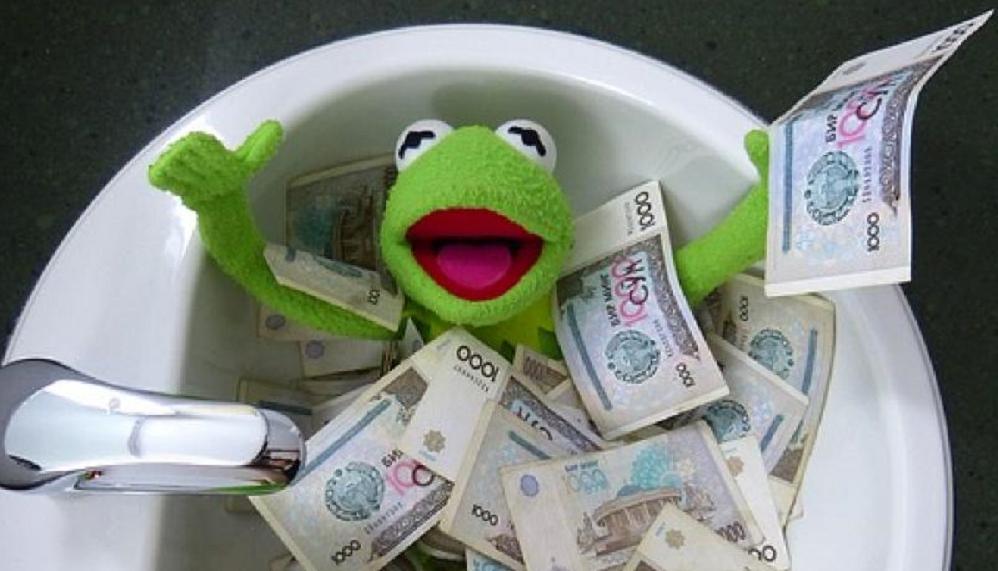 Kermit in the money bath